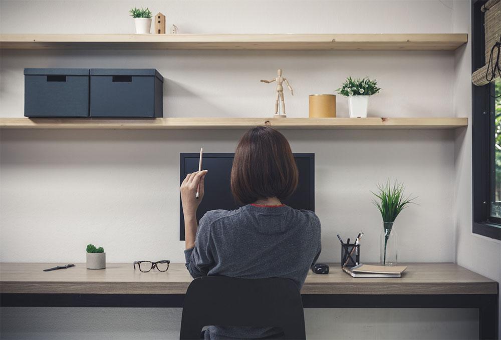 minimalism-clean-workspace-brief